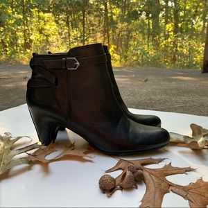 Sam Edelman Maddox black ankle boots